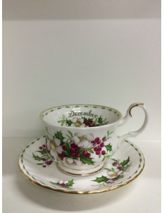 Tazza da colazione Flower Of The Month di Royal Albert
